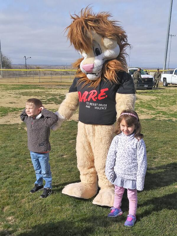 kids with DARE Lion