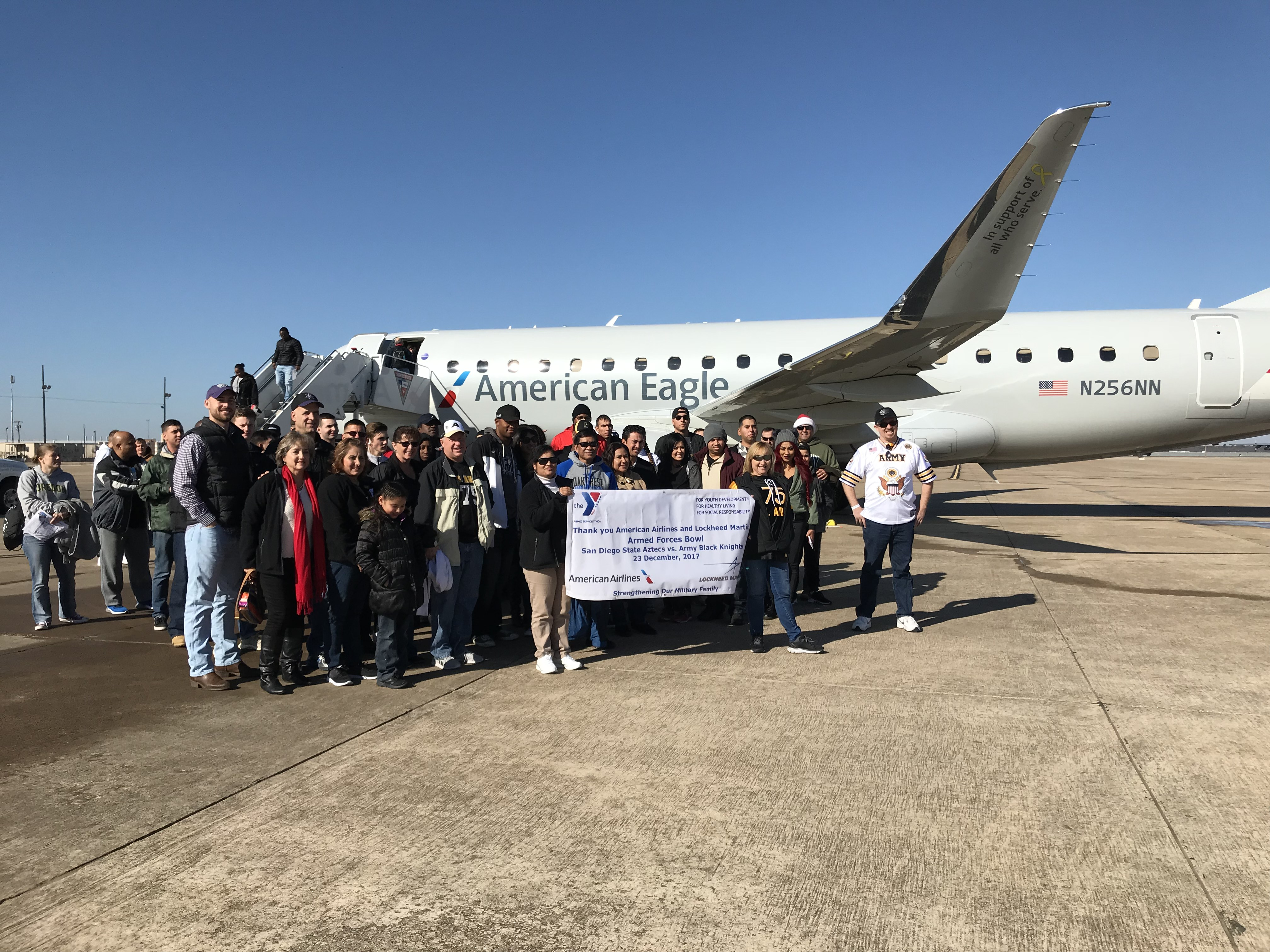 American Airlines And Armed Services Ymca Teamed Up To Fly Soldiers